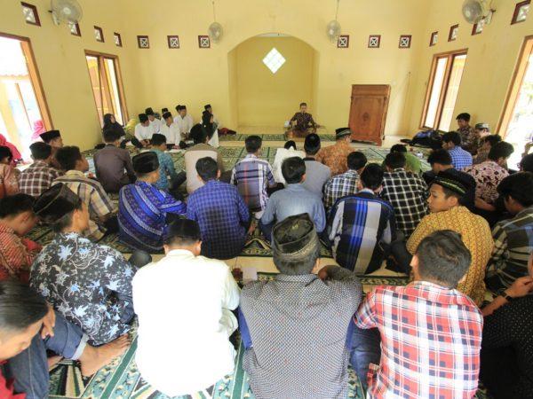 KKN IIQ Memberikan Ceramah di Acara SMK Cokro Aminoto