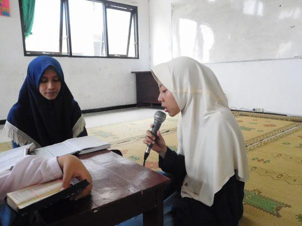 Simaan al-Qur'an Peringatan Hari Kartini dan HUT DEMA Fakultas Tarbiyah ke-11