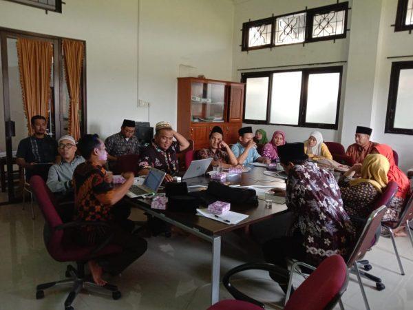 Tingkatkan Kualitas Dosen, LP2M IIQ An Nur Adakan Sekolah Metodologi Penelitian