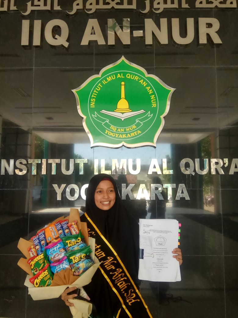 Lulus Cumlaude, Mahasiswi Bidikmisi IIQ An Nur Yogyakarta 2016 Buktikan Keterbatasan Tak Membuat Surut Prestasi